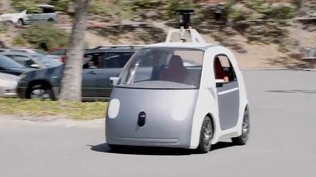 El coche autónomo de Google: el futuro se topa con la ley y los seguros