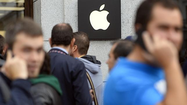 La Comisión Europea investiga si Apple recibió ayudas fiscales ilegales en Irlanda