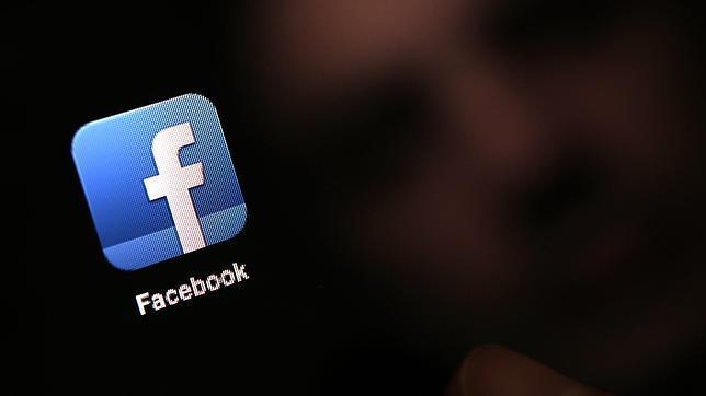 Facebook le pide disculpas por publicar en «Year in Review» la foto de su hija fallecida
