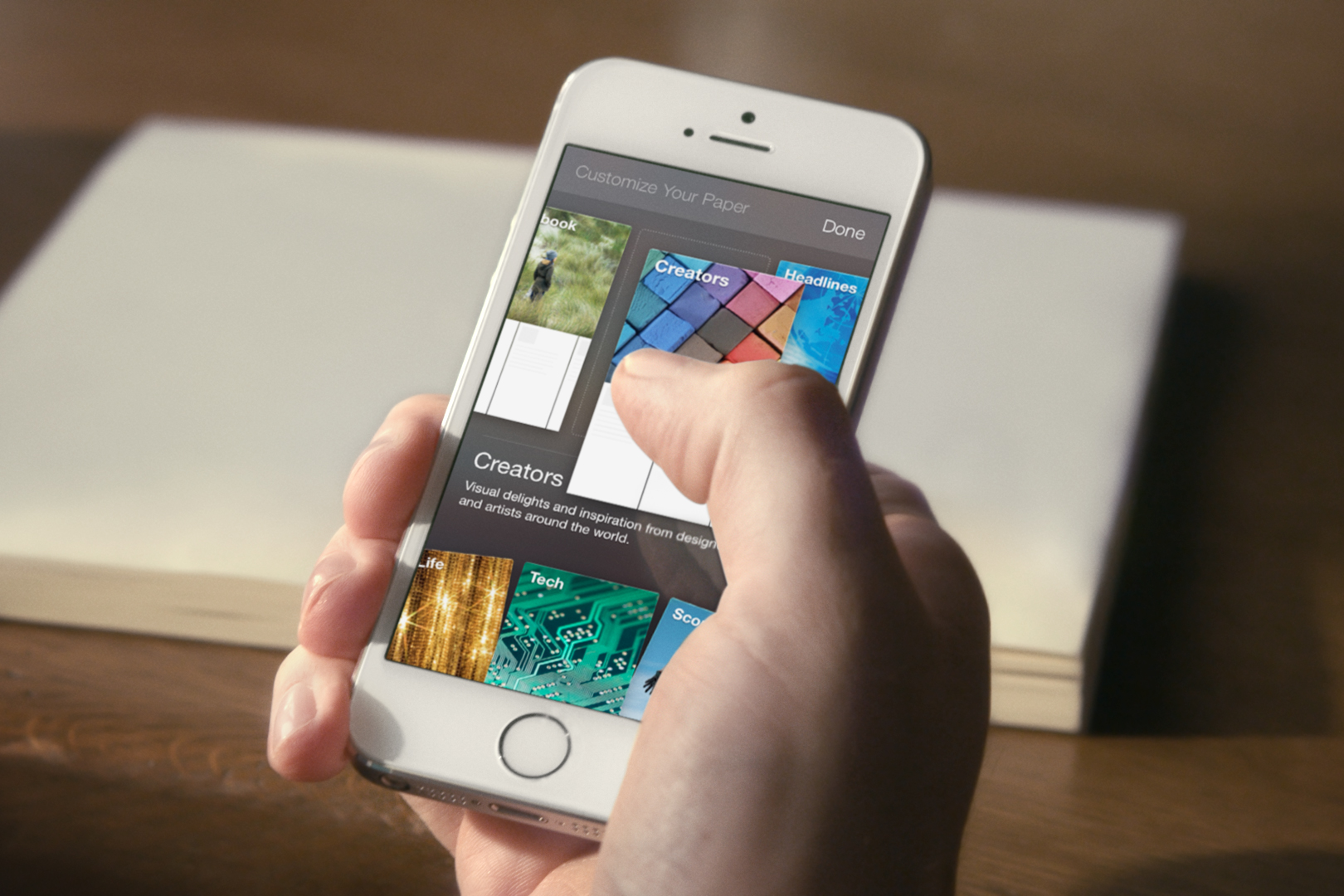 Facebook presenta «Paper», un reader para competir contra Flipboard