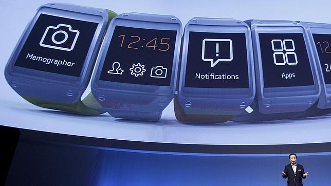 El iWatch de Apple recargará su batería sin necesidad de cables
