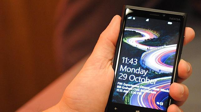 Windows Phone 8, aire fresco en el sector de 'smartphones'