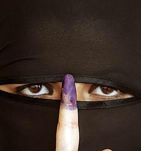 El avance del islamismo ha disparado el uso del velo (REUTERS)